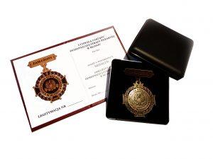 artal-odznaka-i-legitymacja-2